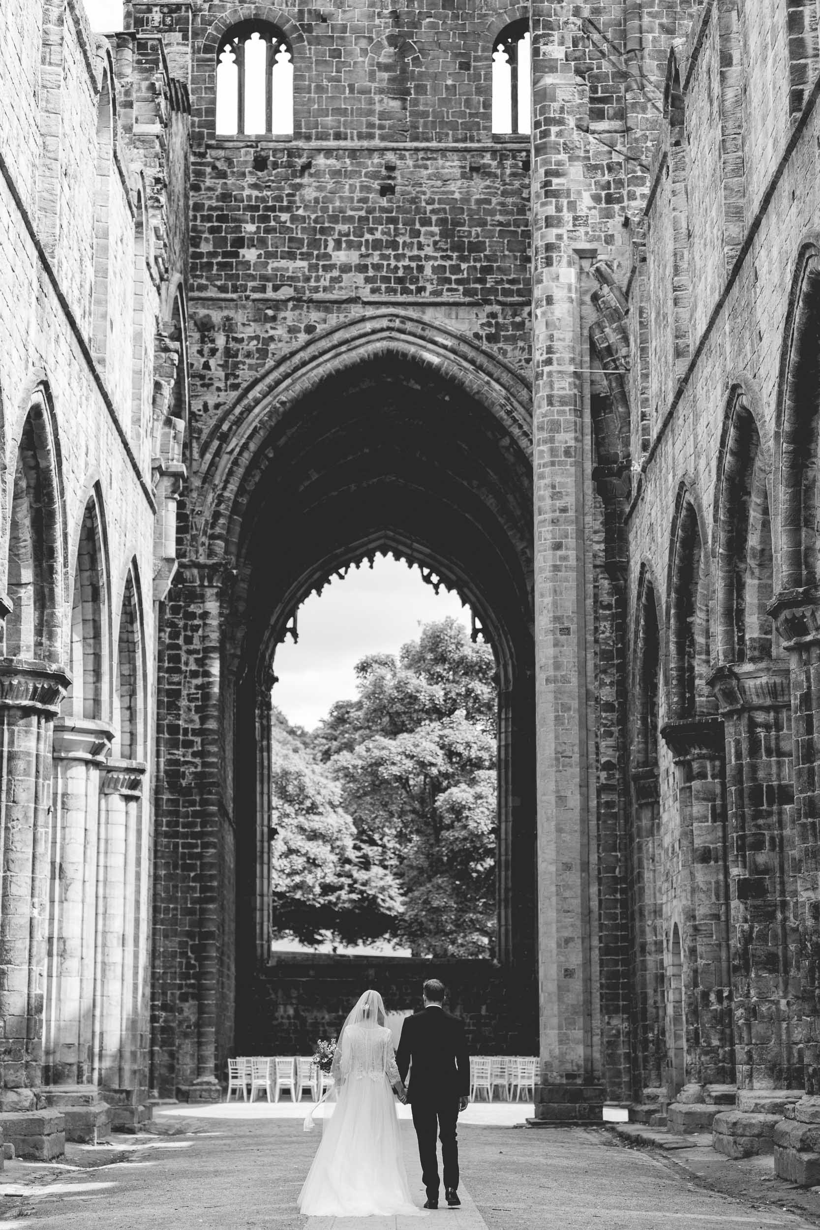 Amy & Oliver-Wedding Part II-Kirkstall Abbey-Leeds-photo-0327.jpg