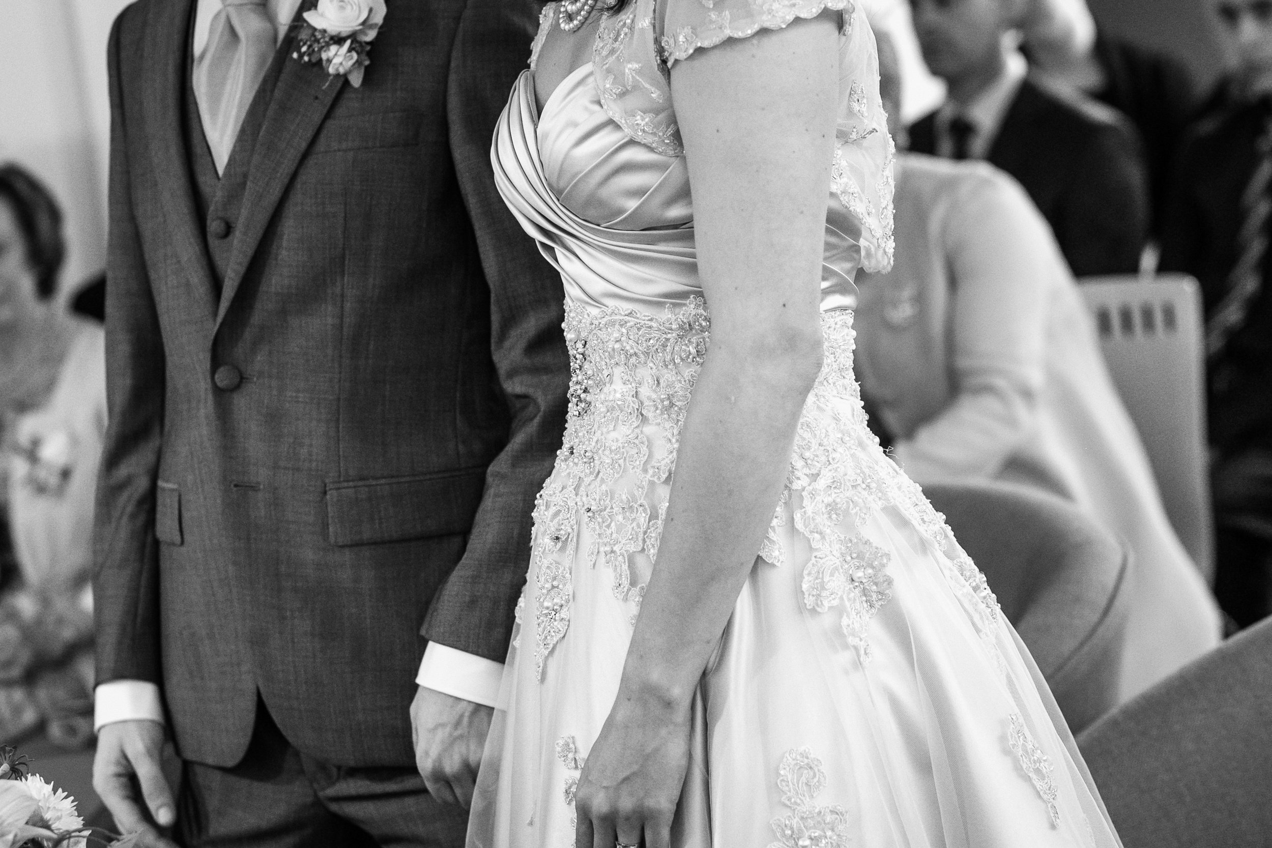 Lynsey&Paraic_B&W-133-Lynsey & Paraic-Bashall Eaves-Wedding-Lancashire-photo.jpg