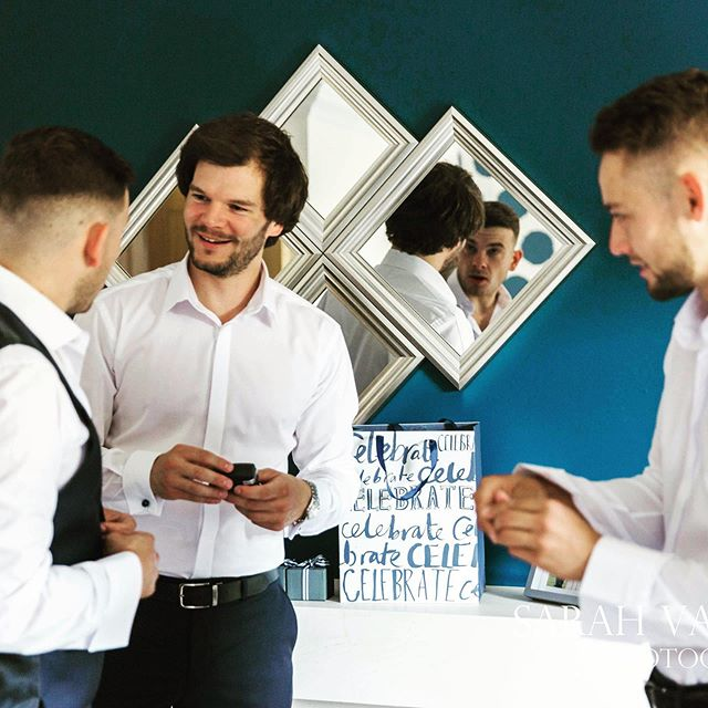 So much fun doing the boys getting ready shots. They're always so cool and collected... such a different energy to the girls preps but I love documenting both sides of the story 💕. . .  #groomsmen #groomsmengift #groomsmensgifts #thegroomsmen #groomsmenstyle #groomsmenswag #groomsmeninspiration #groomsmen2019 #groomsmengifts #groomsmenparty #groomsmendance #groomsmenhuddle #groomsmenphotos #groomsmenduties #teamgroomsmen #groomsmencigars #groomsmentoo #weremissingagroomsmen #superherogroomsmen #littlegroomsmen #groomsmencuffs #funnygroomsmen #groomsinspiration #groomsuit #groomsquad #groomsmen2020 #bestmanever #bestmanduties #bestmanspeech #groomsmen2021