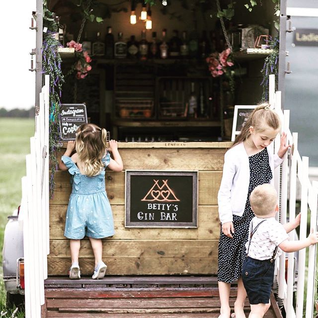 An old horse box with a secret hideaway inside... its bound to intrigue guests of all ages. I'd quite like one to make into my own hideaway, so I could take it anywhere! What would you make it into?  #weddingdetails #lancashireweddingphotographer #yorkshireweddingphotographer #manchesterweddingphotographer #engaged #weddinginspo #bridesupnorth #rusticwedding #wedding2021 #wedding2020 #naturalweddingphotography #authenticwedding #tipiwedding #ginbar #bohowedding #naturalweddingphotography #authenticwedding #tipiwedding #ginbar #bohowedding #lancashireweddingphotographer #justengaged #weddingseason #everydaymagic #naturalweddingphotography #weddingmoments #weddingideas