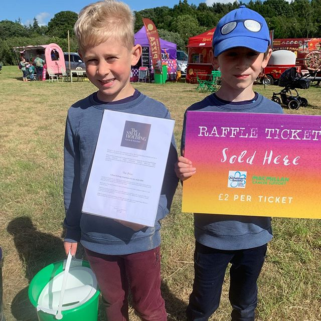 If you're with us at Woodlands this evening or tomorrow morning please look out for our raffle ticket collectors or come find us at the headphones tent!  Tickets are £2 each & you can win some incredible prizes from our friends at @the_small_holding_, @childsfarm, @cocoliciouscranbrook, @eggstoapplesfarmshop & our wonderful guest authors, @nicolaparkhouse, @racheljaneauthor and @david_c_litchfield.  All money raised will go towards our two charities, @macmillancancer & @alzheimerssoc.  Thank you for your support!