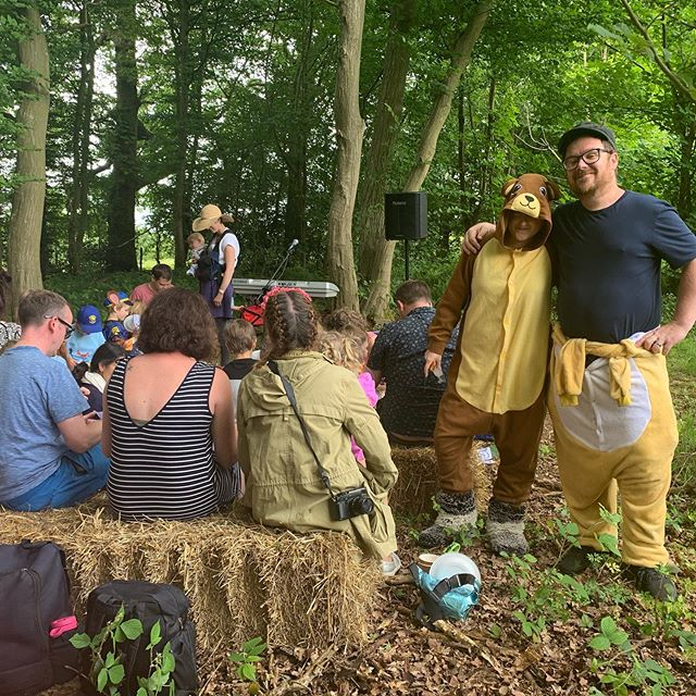 In the woods with @david_c_litchfield and his Bear Band...! . If you've missed him this morning he'll be entertaining our Woodland Minis again at 12pm and 1.30pm this afternoon.