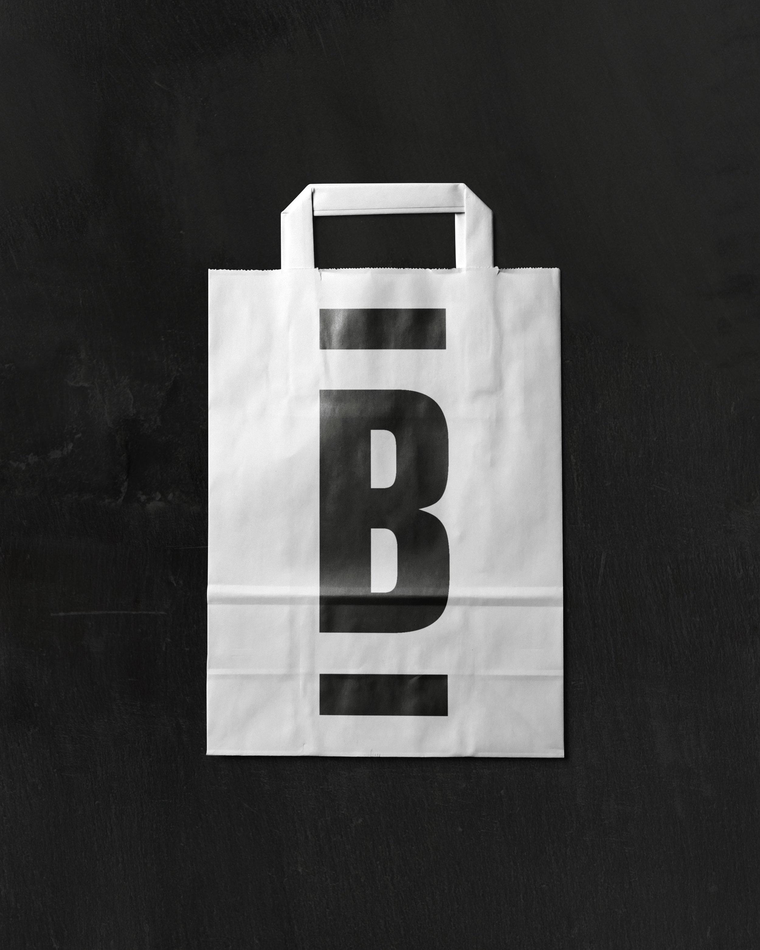 white_bag_LR.jpg