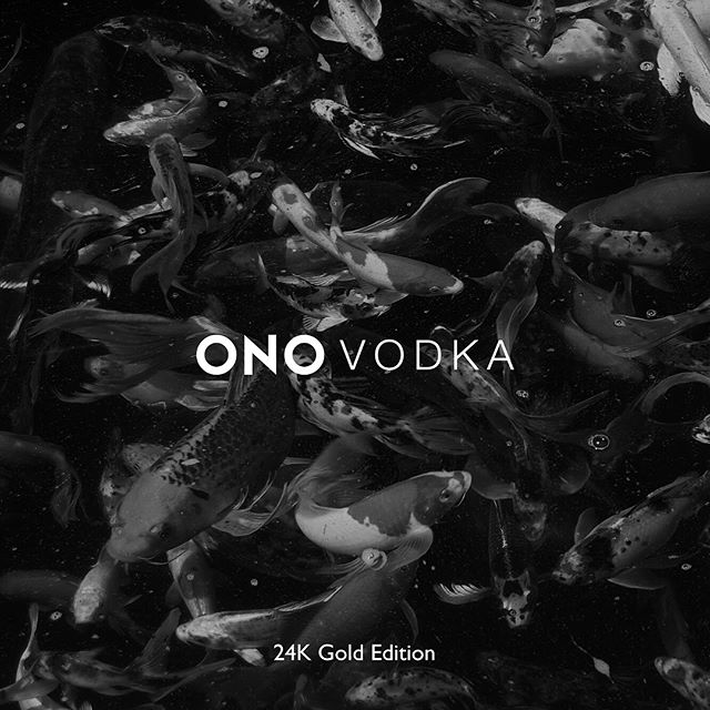 Swipe ➡️➡️➡️ ONO 24K Gold Edition . . #24k #gold #jewelry #ono #vodka #luxury #goldplated #mixology #cocktails #bartender #bottle #luxurylife
