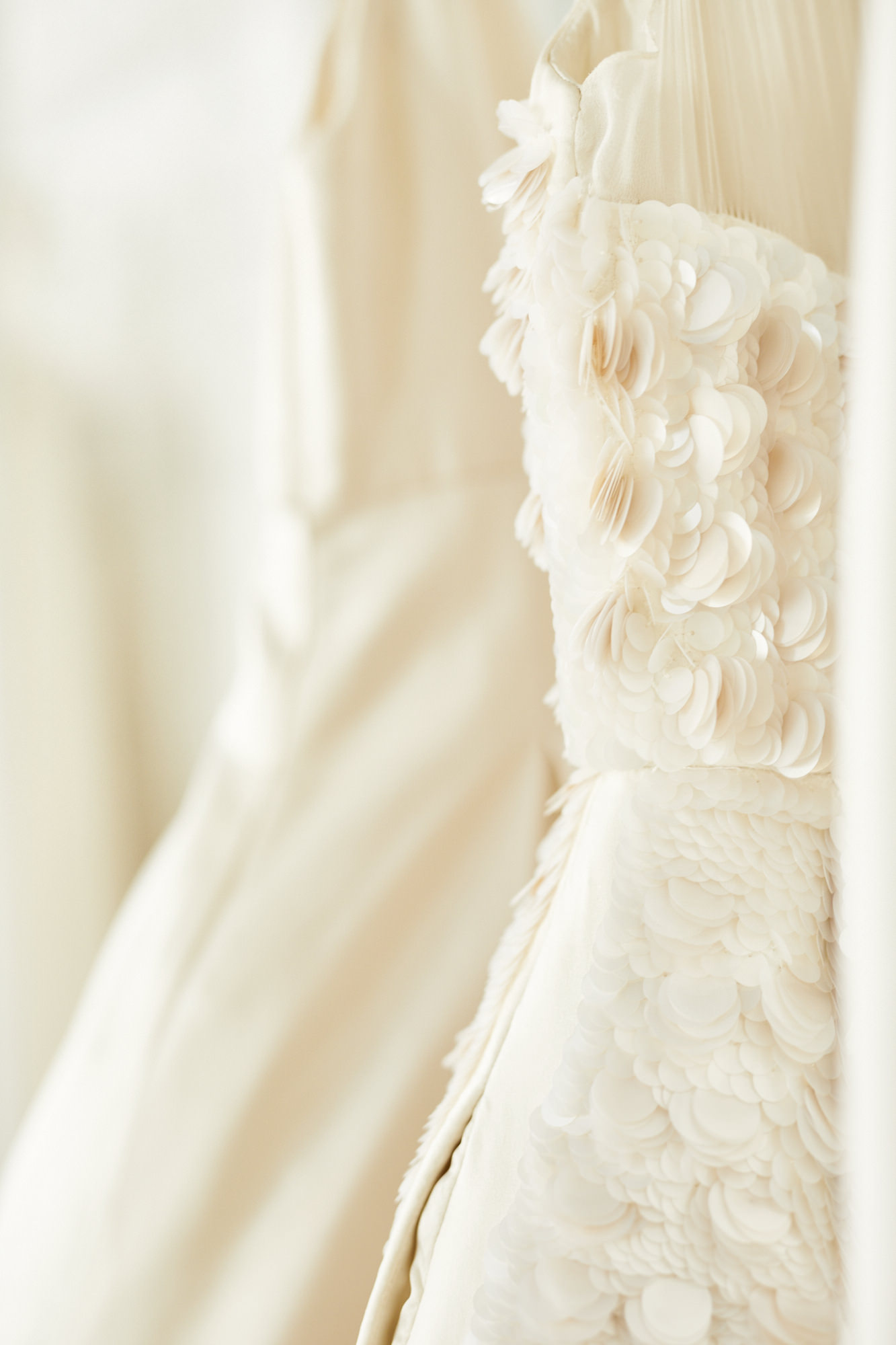 Lakum-Showroom-dress-close-up.jpg
