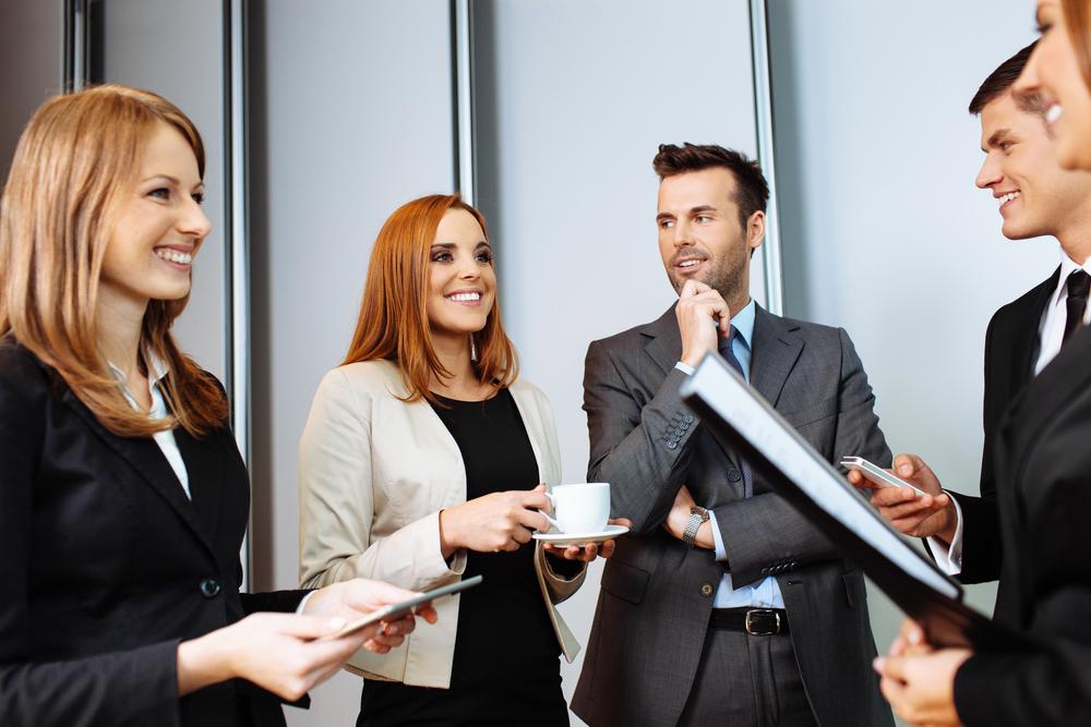 Hukuk Öğrencileri, Stajyer Avukatlar , Hukuk Fakültesi Akademisyenleri ve mesleğe yeni başlayan Avukatların, deneyimli avukatlarla bir araya geldikleri, birbirleriyle sektörü farklı yönlerini tartışarak bilgi alışverişi yaptıkları, deneyimlerini paylaşmaları için düzenlediğimiz networking etkinlikleridir. -