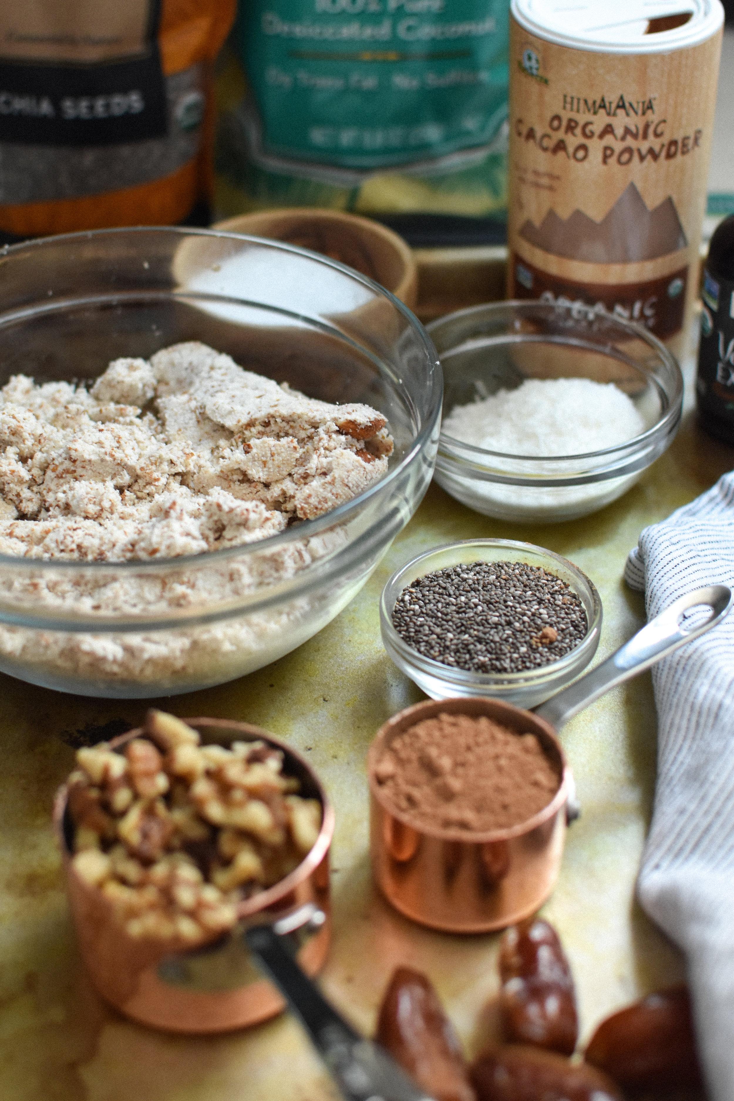 cocoa & coconut energy bites - Make Mary