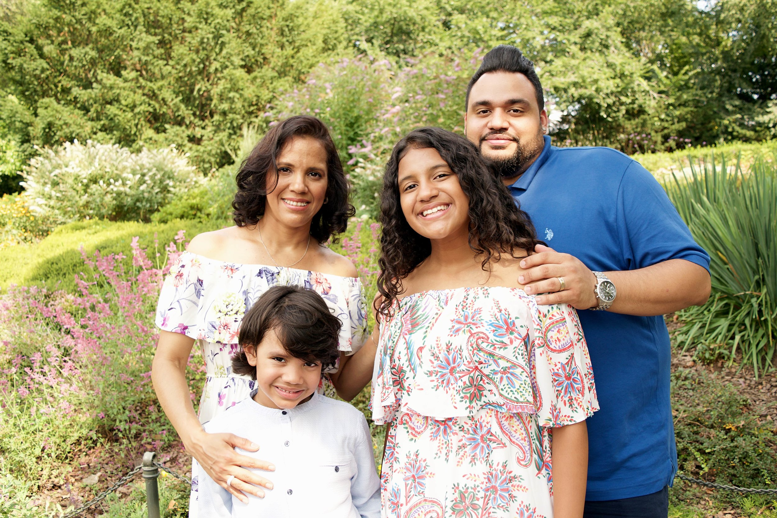 Family Portraits Cloisters NYC CT photographer