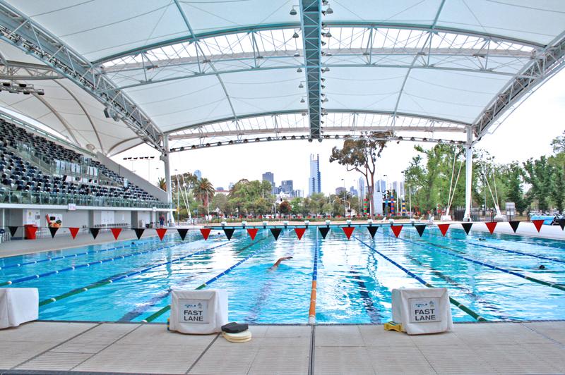Olympic_Swimming_Pool_-_Fast_Lane.JPG