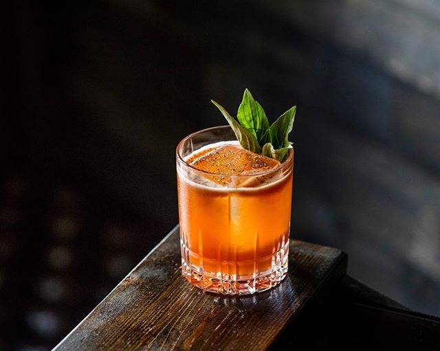 Have you tried the Buck to the Future? One of the newest House Creations, created by our very own @daiqattaqmatt , this delicious buck variation has already become one of our most popular. Try one on your next visit and kick your night off right. Cheers to you! . . George Dickel Rye whiskey, Lustau Manzanilla sherry, Strawberry-Basil-Balsamic purée, Nardini amaro, Ginger syrup, Lemon, Barrel-smoked black pepper . . 📷 by @ericmedsker . . @georgedickel @bodegaslustau  #TheRooseveltRoom #CheersToYou #bourbon #sherry #liquordotcom #drinkpunch #imbibegram #liqpic #cocktail #cocktails #coctkailbar #cocktailbars  #craftcocktail #craftcocktails #drinkatx #drinkaustin #austinbars #austindrinks #drinkthemenu #newmenu #newcocktails #newdrinks #housecreations