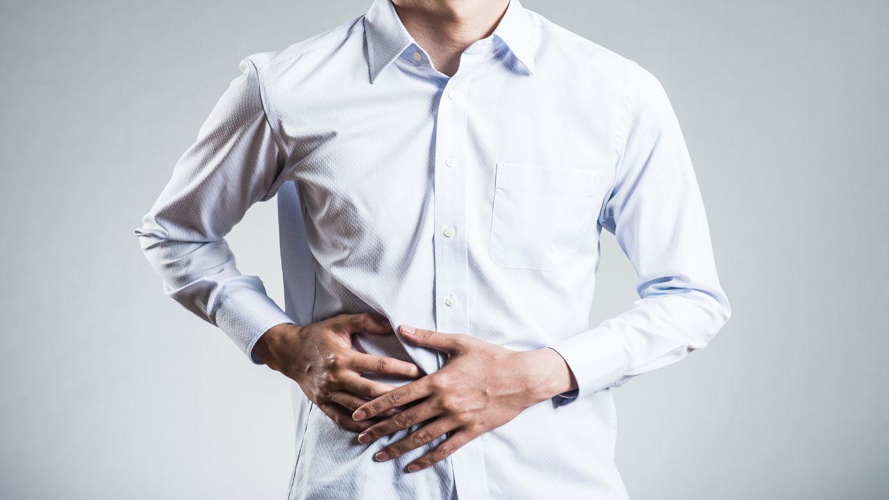 5295056-1280_695672256-male-abdominal-pain.jpg