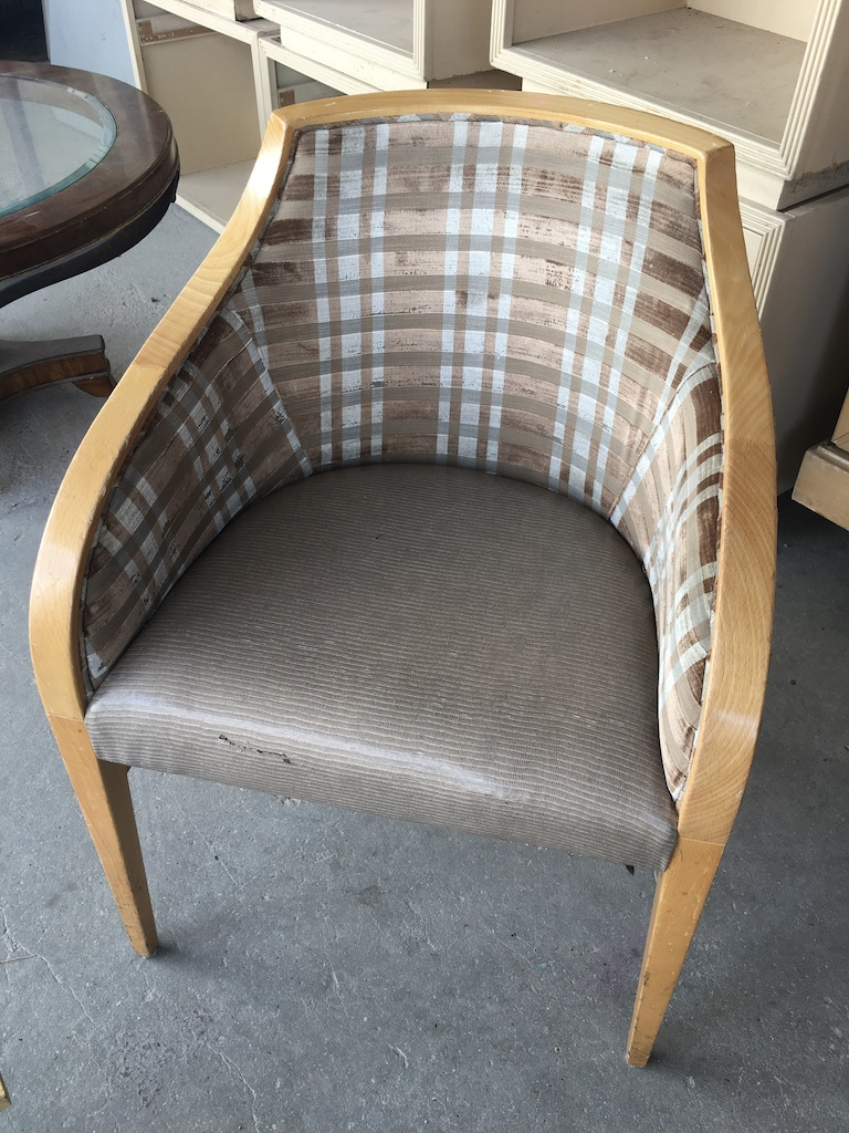Plaid Rounded Dining Chair