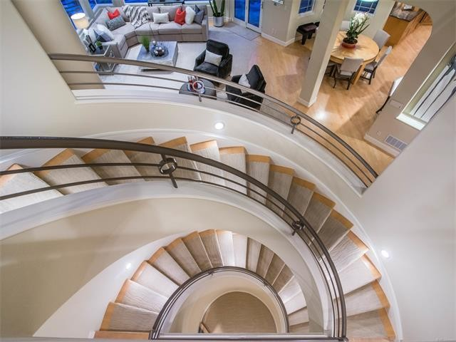 Custom Home spiral staircase