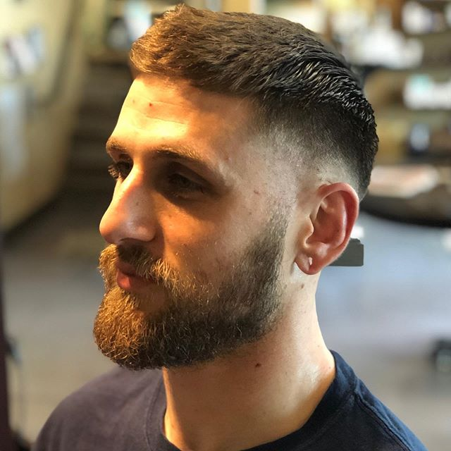 Does your beard need a trim? Don't forget to book a Beard Trim with your next haircut! From now until June, books any two appointments to receive 15% savings on your retail purchase . . . #harrisons4429 #barbering #barber #scissor  #oakland #photoshoot #modernsalon #americansalon #behindthechair #camoin5  #california #razor #hairgoals #bayareahair #lorealprous #hotonbeauty #texture #lorealhair #1000orbust #licensedtocreate #learnwithlp #saloncentric #baxterofcalifornia #lpacademy #tgr #andis #bestofoaklandbarbershop #piedmontavenue #thecultofhair #renefuertererusa