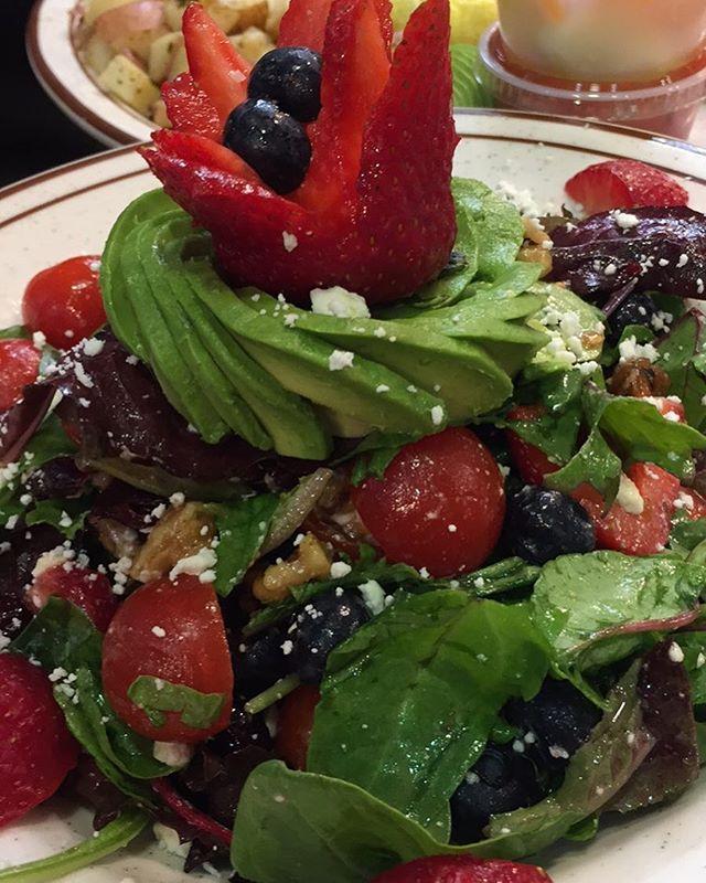 Rose summer salad