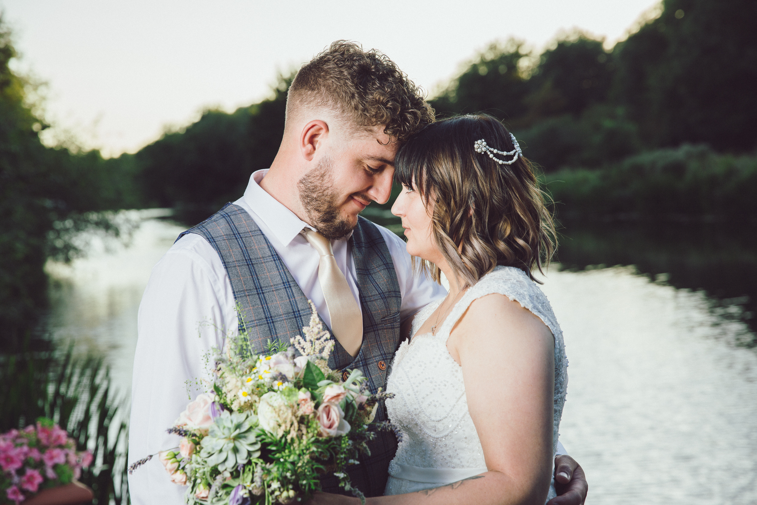 Beautiful shot by the river taken by Bedfordshire wedding photographer Richard Puncheon.