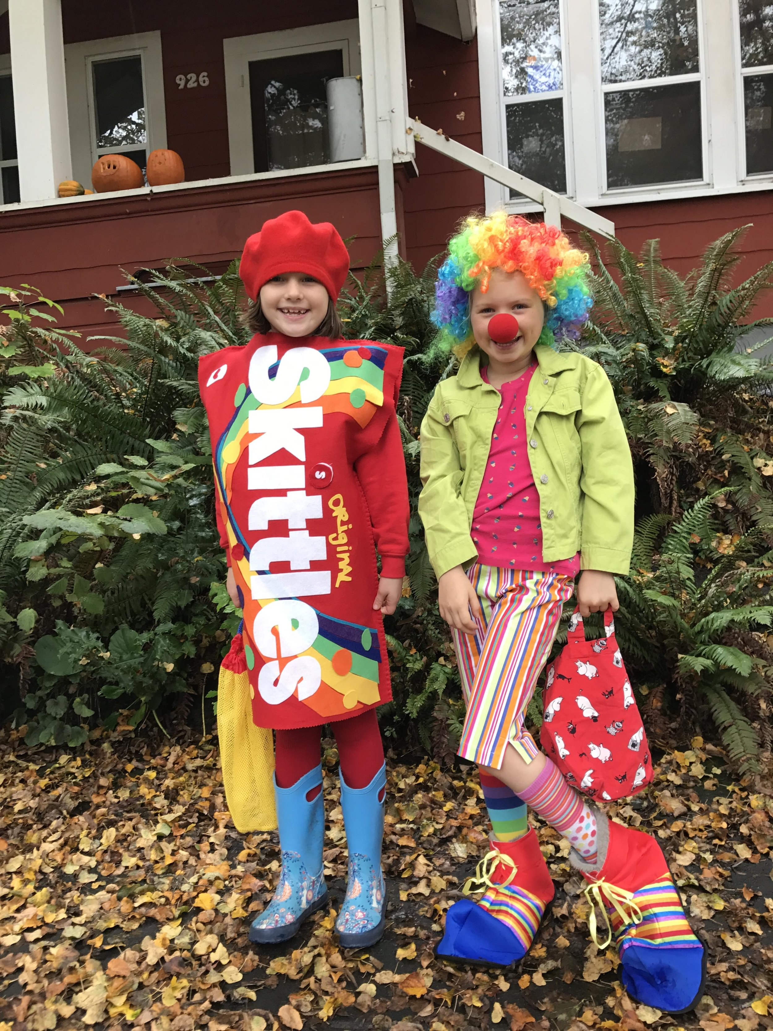 Photo by Jenelle Isaacson featuring her daughters Siiri and Tuula in their Halloween costumes