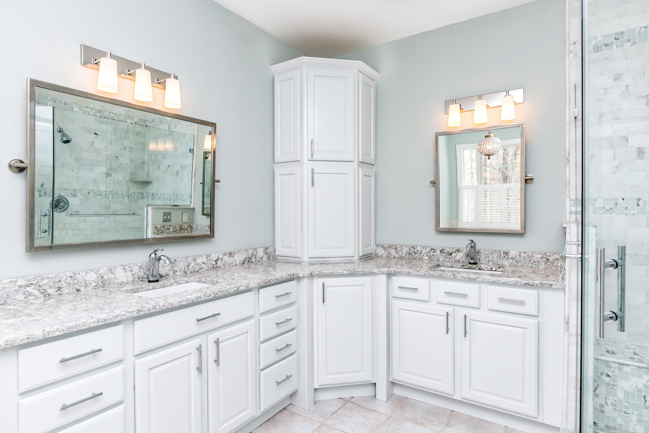 38_Master Bathroom_HDR.jpeg