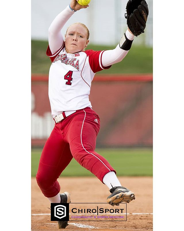 SOFTBALL PITCHERS & UPPER EXTREMITY PAIN . New Research from JSAMS 10/2019. . In 53 Div. 1 softball pitchers 30 were pain-free and 23 in pain. . Tests showed significantly greater throwing side hip external (ER) range of motion (ROM), throwing side hip internal (IR) Isometric strength (ISO), glove side hip ER ISO, throwing side ER ISO, glove side shoulder IR & ER ISO in the pain free group versus the pain group. . These findings suggest upper & lower extremities should be considered & evaluated when treating upper extremity pain. . 📷 credit - Lincoln Star Journal