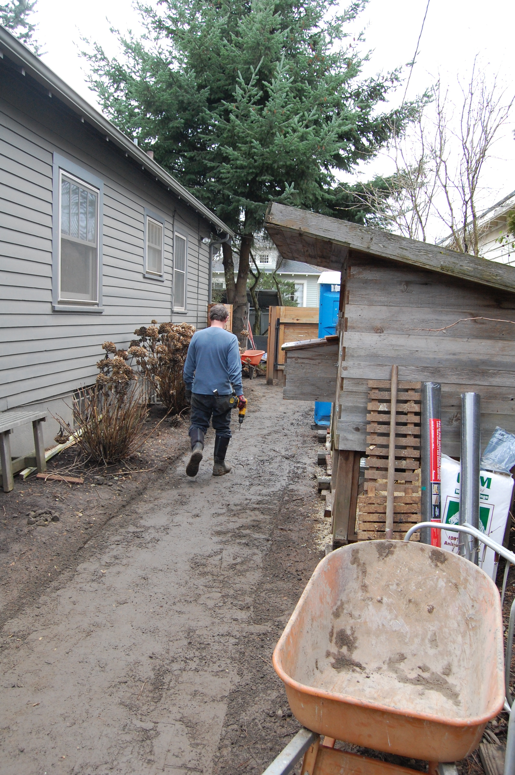 2013-2015: The walkway was muddy in the winter and originally home to the chicken coop. We wanted to create an experiential journey to the ADU to compliment the feeling of arriving at an oasis. Today, the coop is located elsewhere on the property. Changes in lifestyle contributed to the redesign.