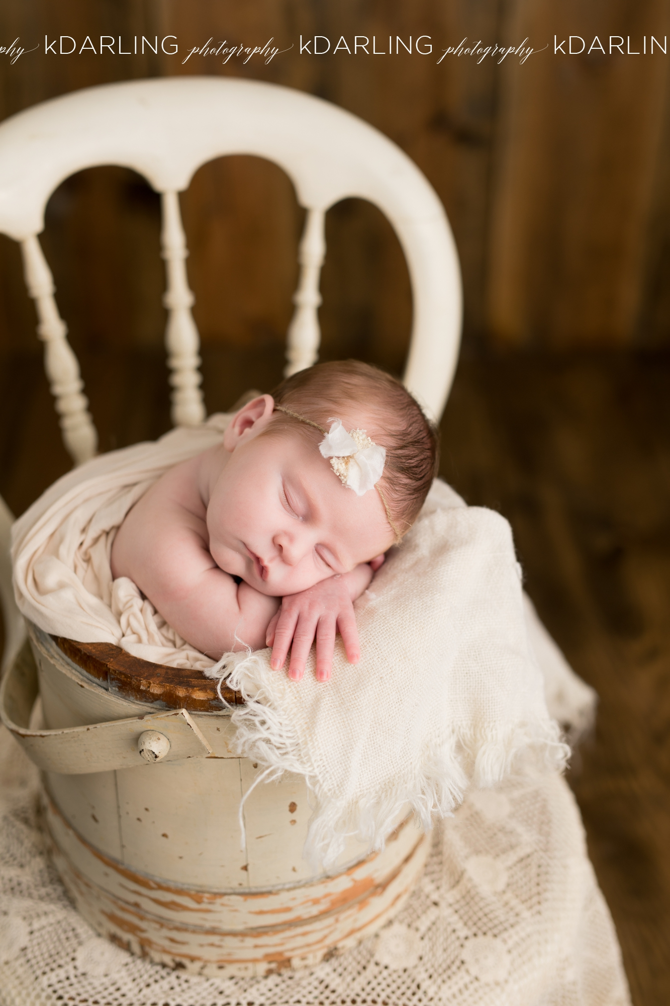 Newborn-Photography-Champaign-County-IL-Girl-pink-white-darling_1931.jpg