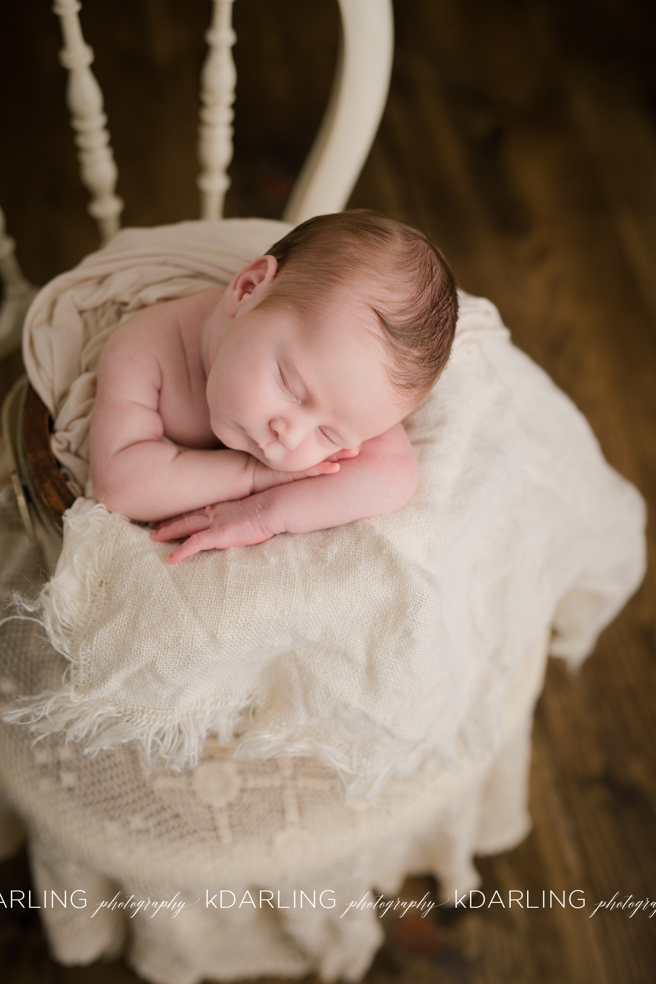 Newborn-Photography-Champaign-County-IL-Girl-pink-white-darling_1932.jpg