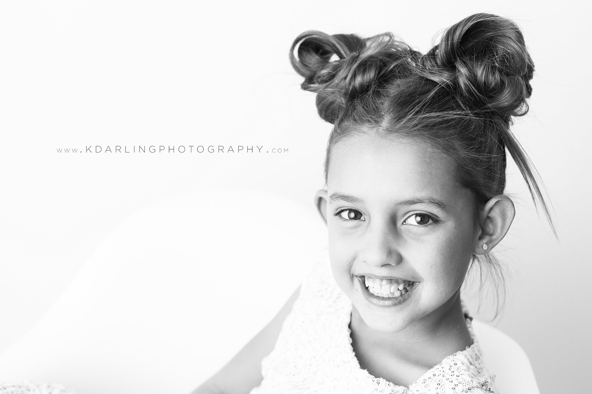 Child-Photographer-portraits-Champaign-County-IL-Fisher-Studio-Darling_0182.jpg