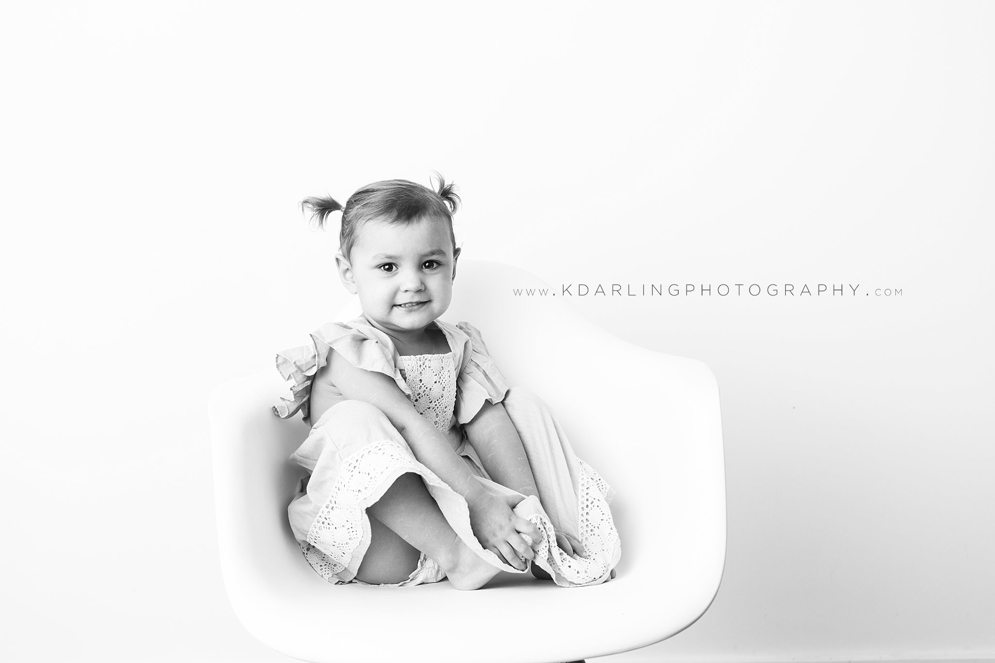 Child-Photographer-portraits-Champaign-County-IL-Fisher-Studio-Darling_0180.jpg