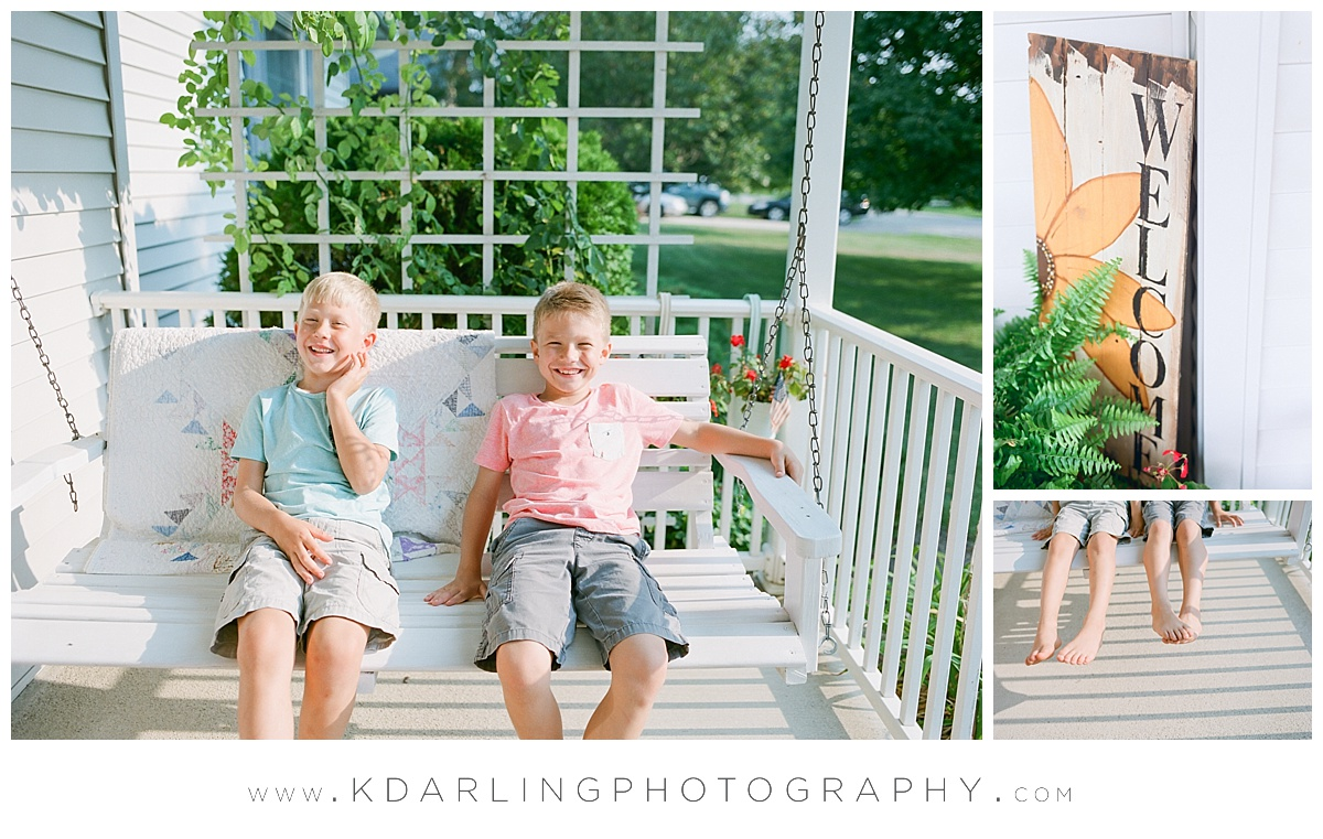 Central-illinois-Photographer-family-film-photography-Cissna-Park-mamiya-fuji-front-porch-session_0419.jpg