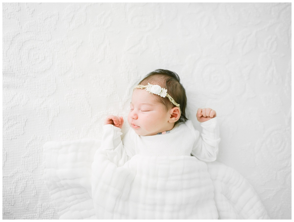 Central-Illinois-newborn- baby-Lifestyle-studio-photographer-Champaign-Urbana-Fisher_0794.jpg