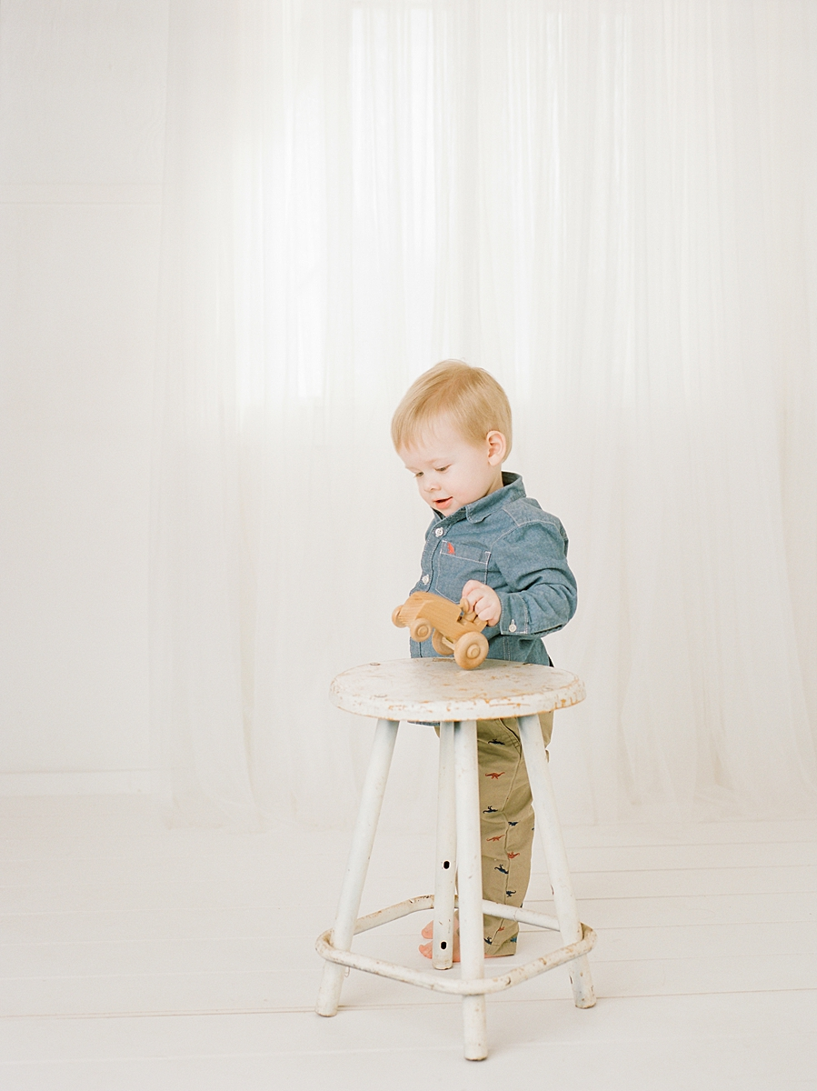 child-KIDS-CHILDREN-family-Photography-Champaign-County-Illinois-film-photographer-fuji_0066.jpg