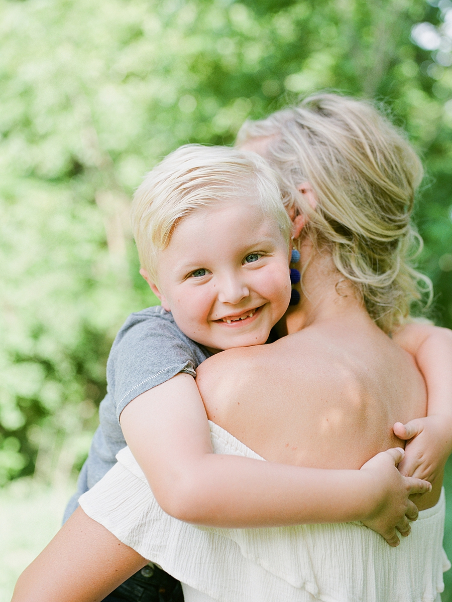 child-KIDS-CHILDREN-family-Photography-Champaign-County-Illinois-film-photographer-fuji_0063.jpg