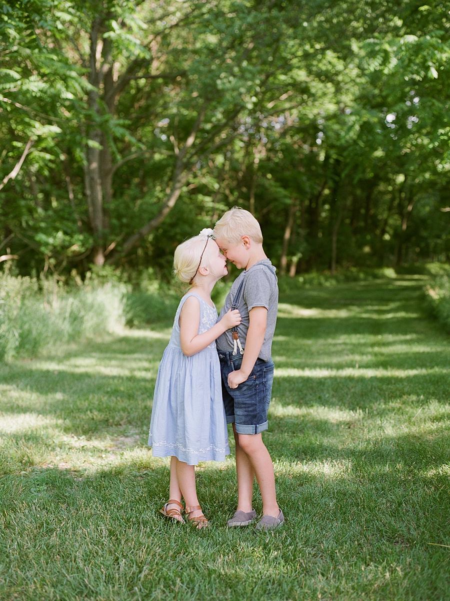 child-KIDS-CHILDREN-family-Photography-Champaign-County-Illinois-film-photographer-fuji_0065.jpg