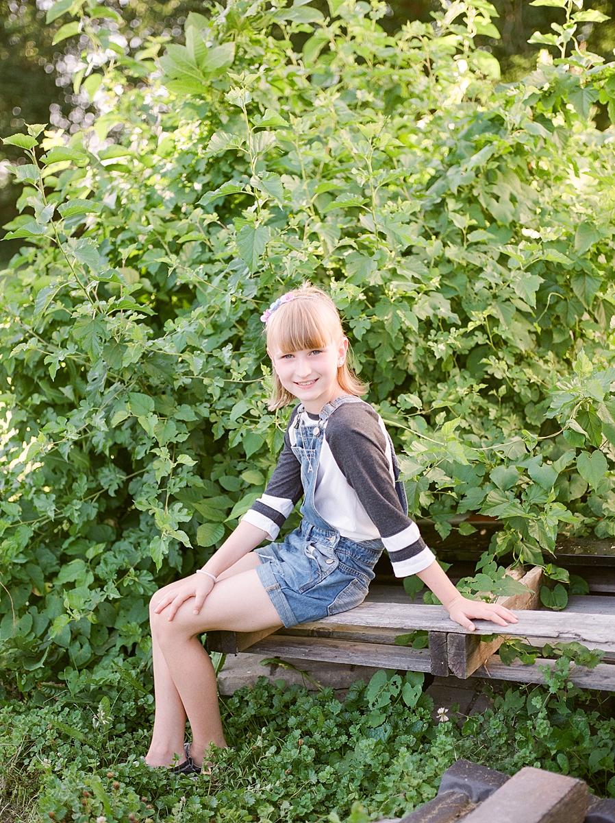 child-KIDS-CHILDREN-family-Photography-Champaign-County-Illinois-film-photographer-fuji_0040.jpg