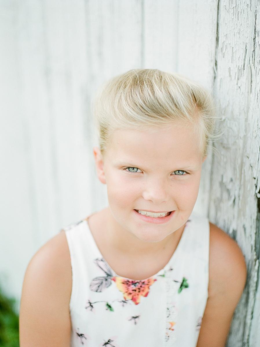 child-KIDS-CHILDREN-family-Photography-Champaign-County-Illinois-film-photographer-fuji_0038.jpg
