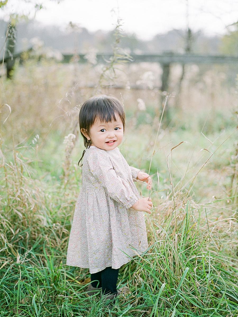 child-KIDS-CHILDREN-family-Photography-Champaign-County-Illinois-film-photographer-fuji_0011.jpg