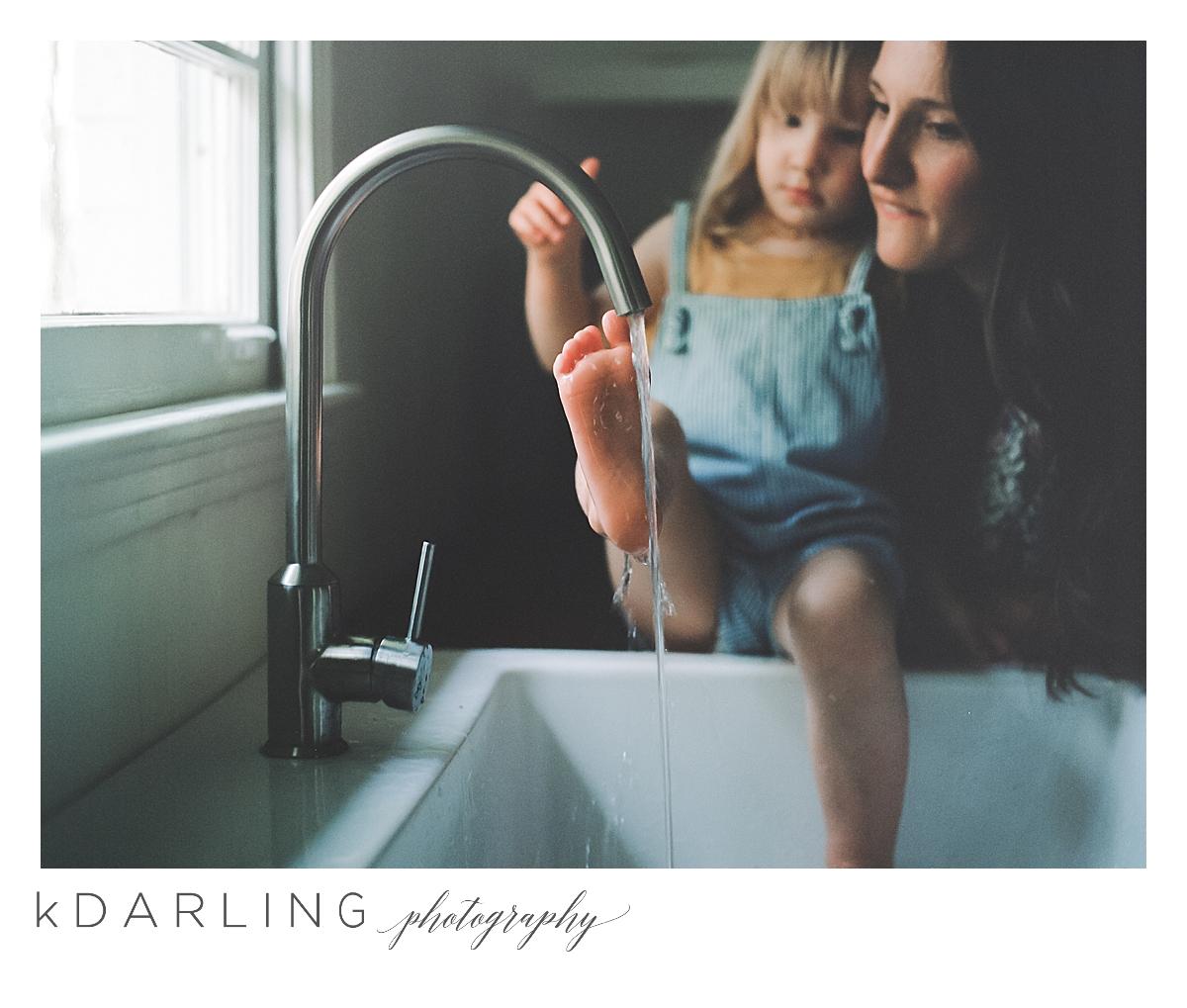 summer-family-of-five-motherhood-photo-session-nashville-tennesee-champaign-urbnana-il-film-photographer_0010.jpg