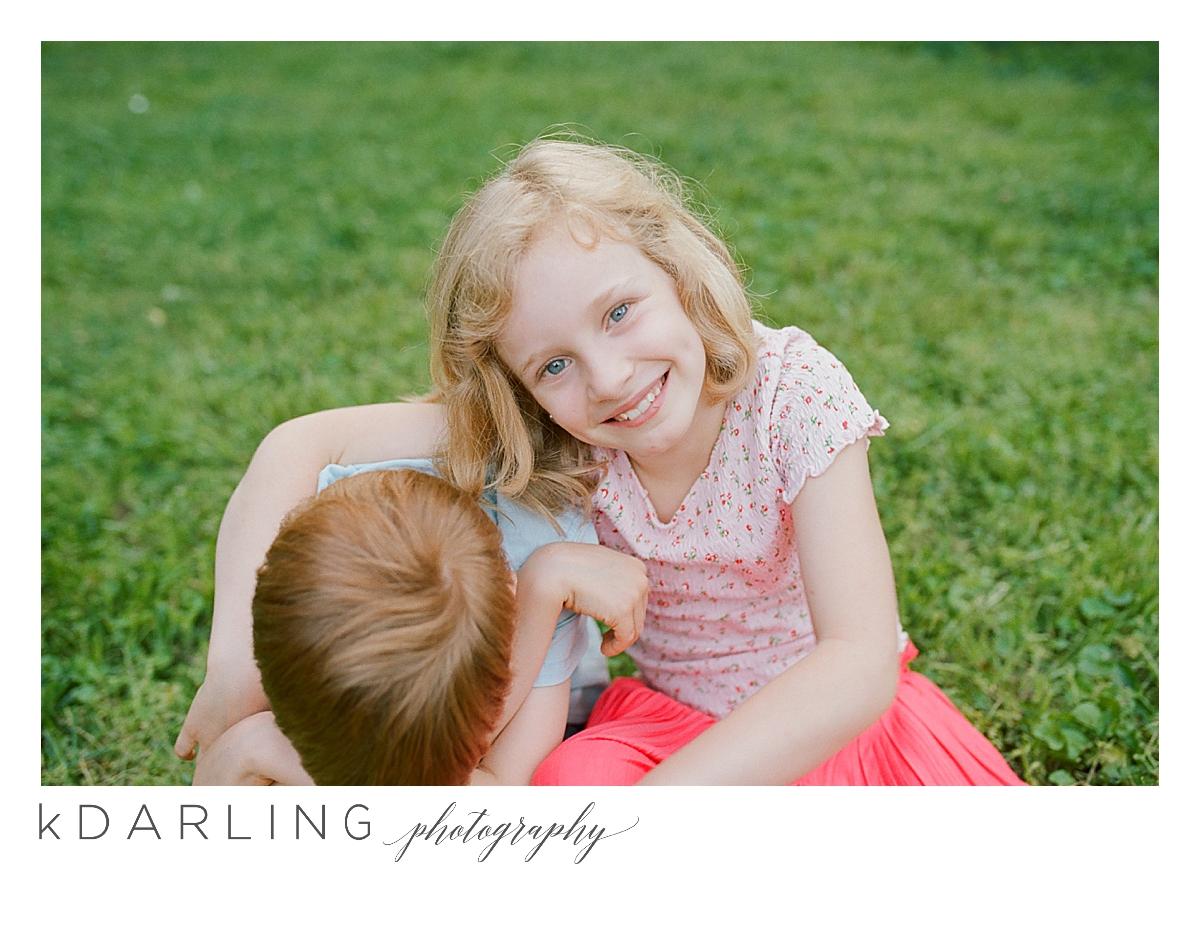 summer-family-of-five-motherhood-photo-session-nashville-tennesee-champaign-urbnana-il-film-photographer_0002.jpg