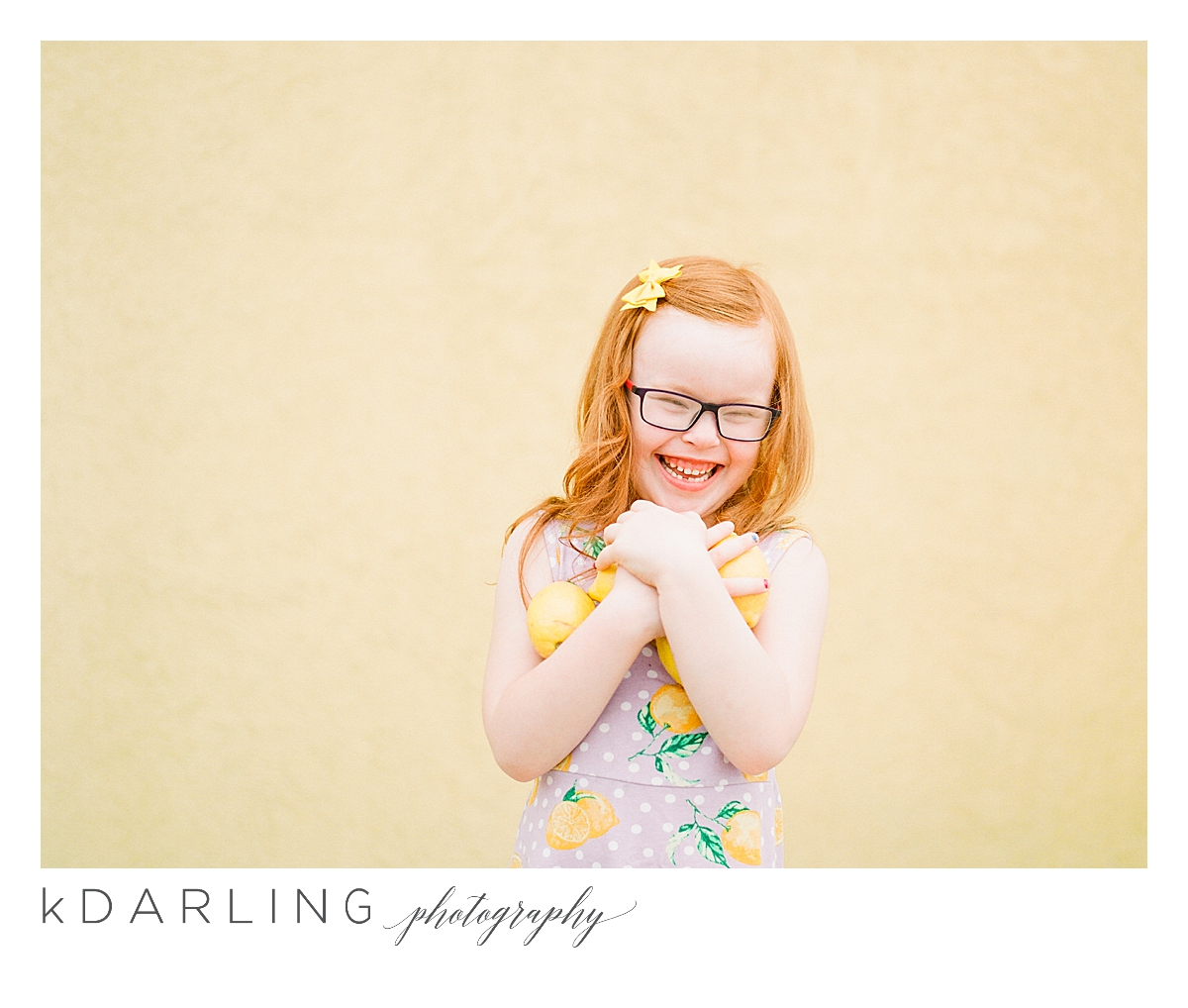 Photo-session-with-yellow-lemons-and-kindergarten-age-girl-downtown-champaign-Il-film-photographer_0015.jpg