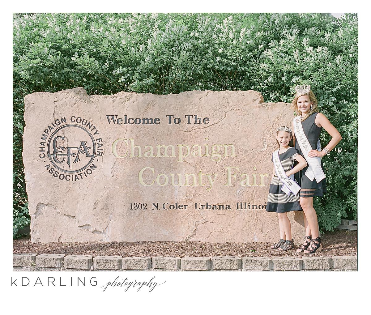 Champaign-County-Fair-in-Urbana-Queen-Pageant-Teen-Tween-Photographer-Film_0008.jpg