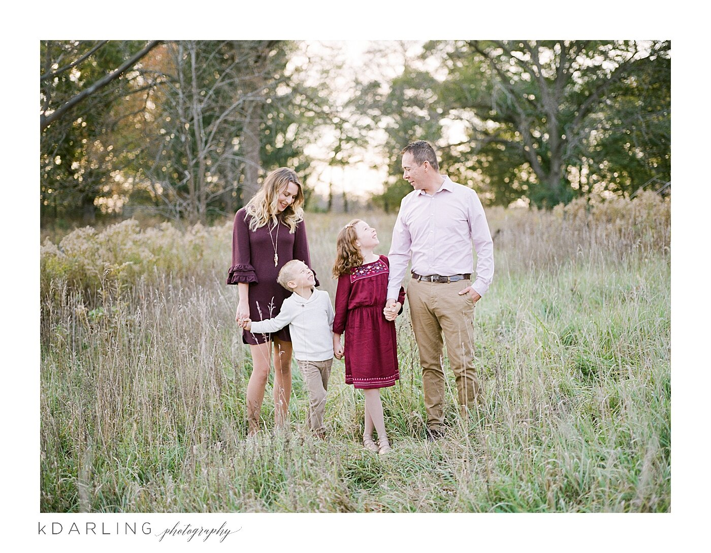 What-to-wear-for-your-family-pictures-champaign-county-il-photographer_0011.jpg