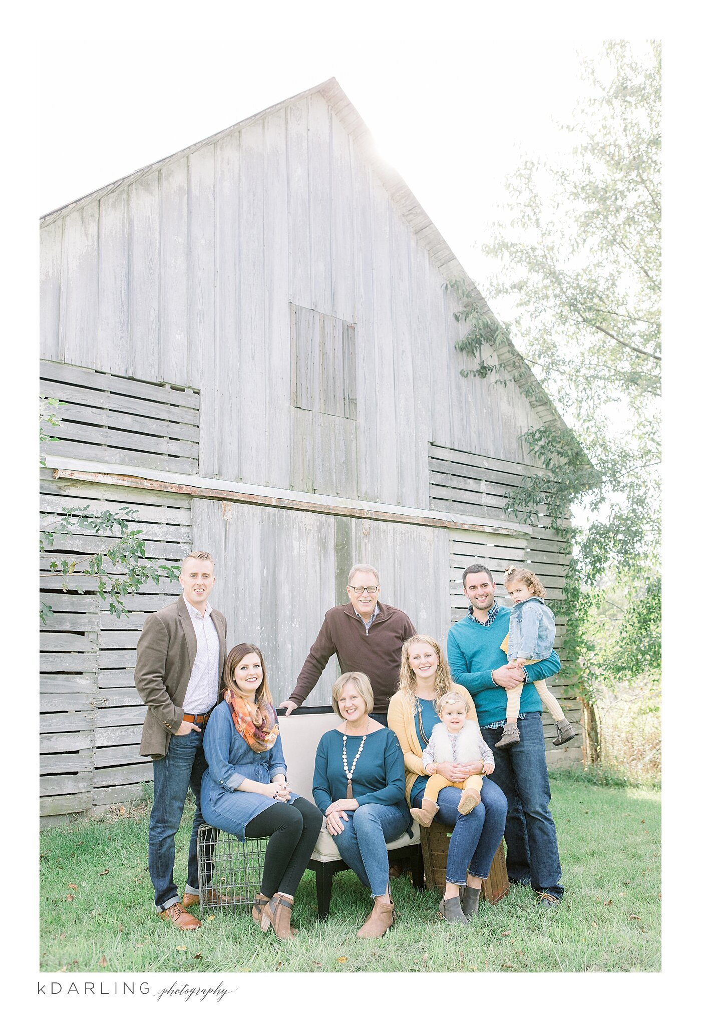 What-to-wear-for-your-family-pictures-champaign-county-il-photographer_0005.jpg