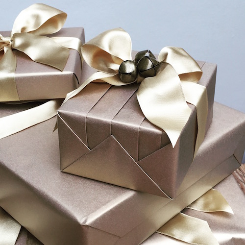 metallic gift wrap 1.jpg