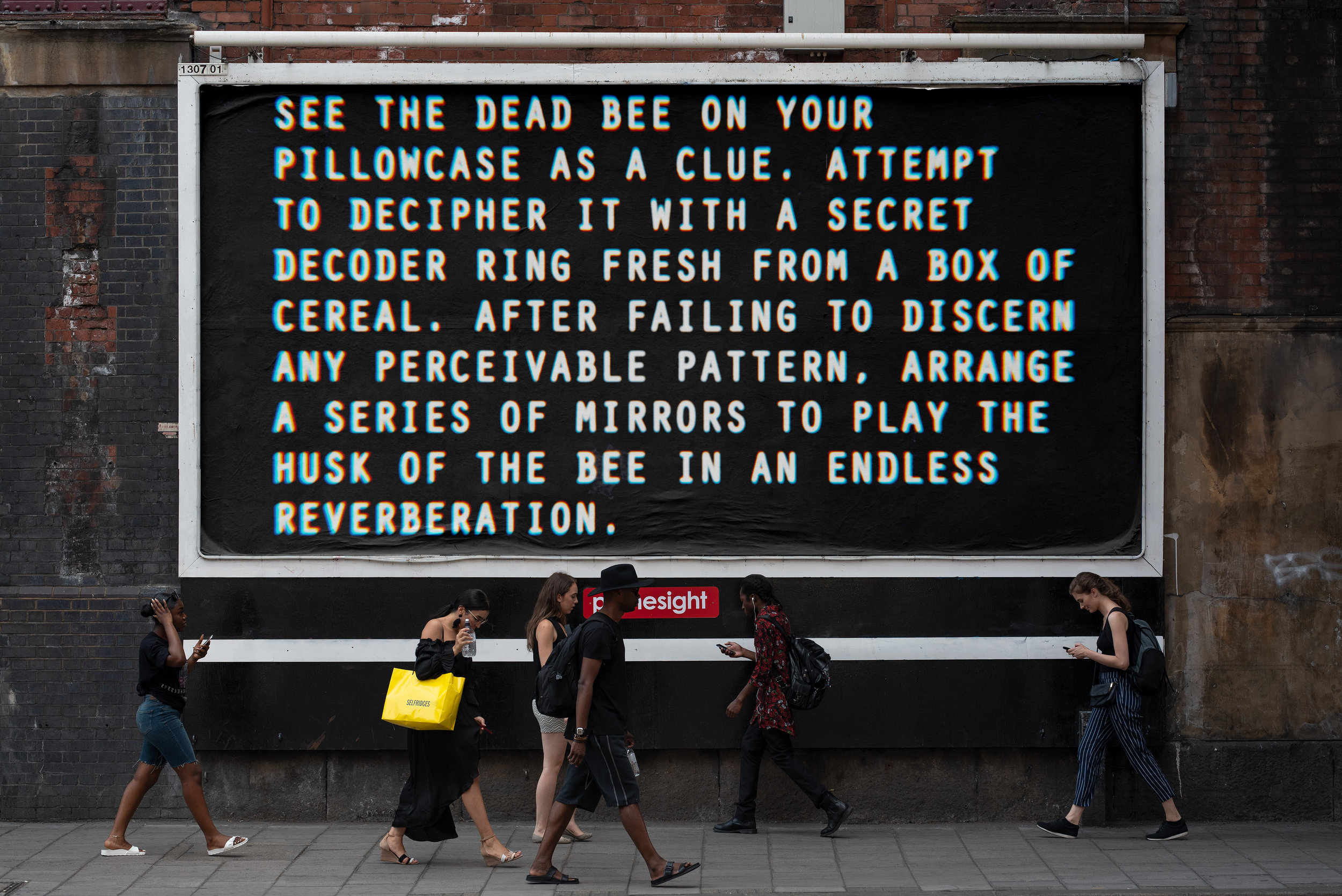 1_BEE_225_billboard_urban_poster_mockup 2.jpg