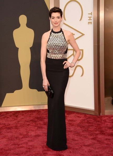 Anne-Hathaway-Wearing-Gucci-Premiere-2014-OSCARS.jpg