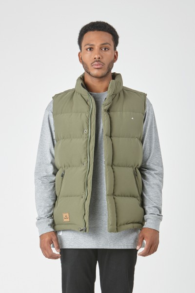 huffer_ow-17_m-classic-down-vest_olive-01_4.jpg