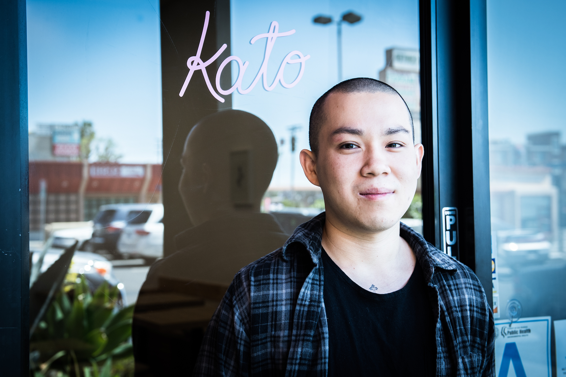 Chef Yao in front of Kato