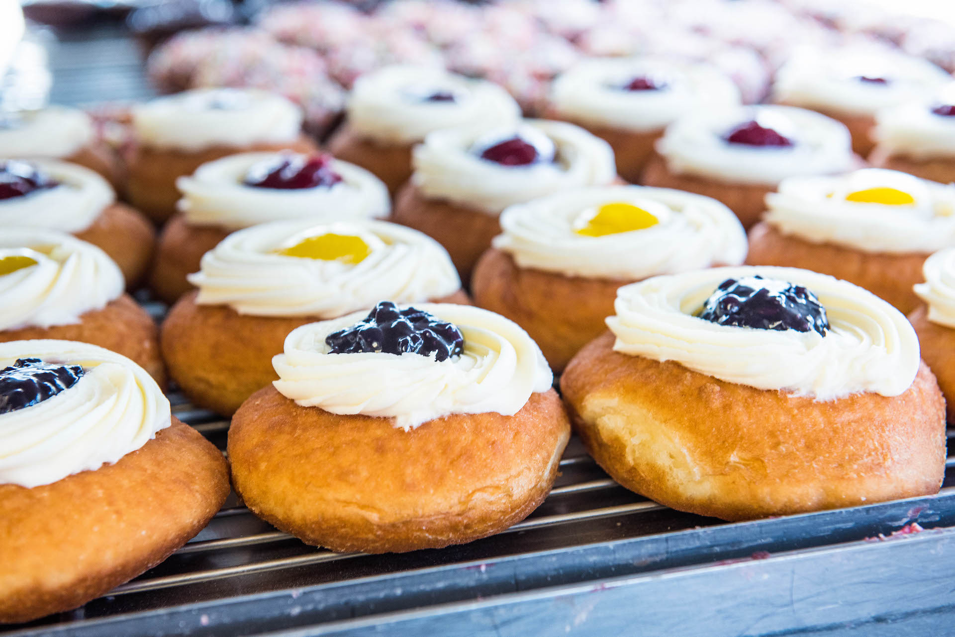 They have a wide variety of donuts aside from the famous fresh strawberry and peach fillings.