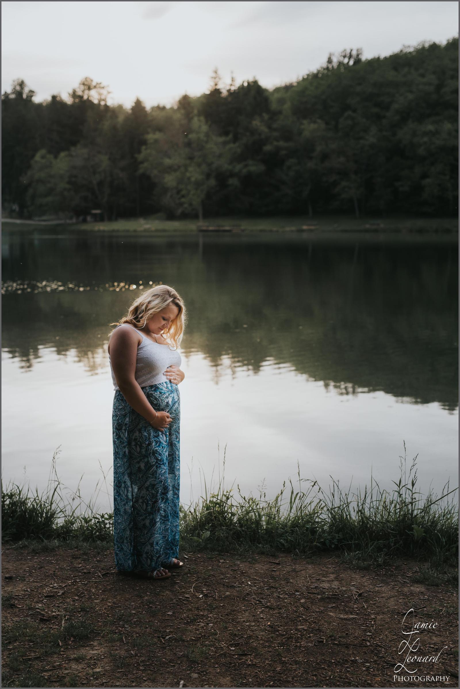 maternity_photography_greensburg_latrobe_pa.jpg