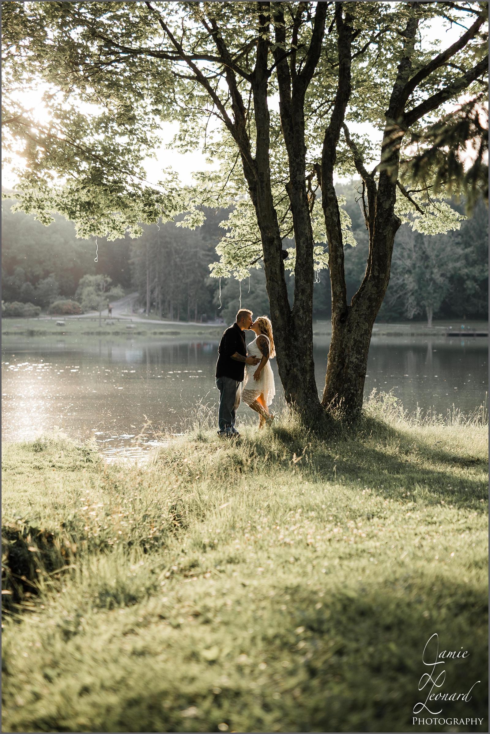 engagement_wedding_session_greensburg_pa.jpg